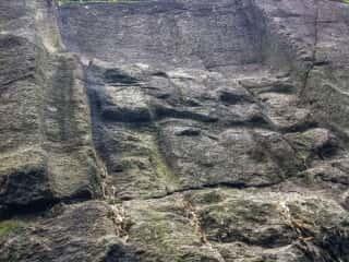 益田岩船上部斜面