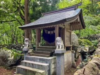大石神社 拝殿