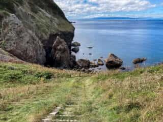 願掛岩へ向かう山道