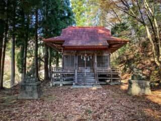 石上神社 (岩手県) 拝殿