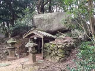 舟木石上神社