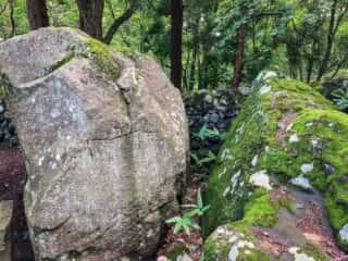 大石神社 御神体の巨石