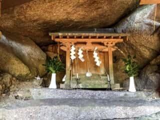 舟木石上神社  拝殿
