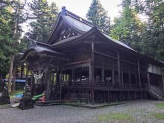 関山神社 拝殿